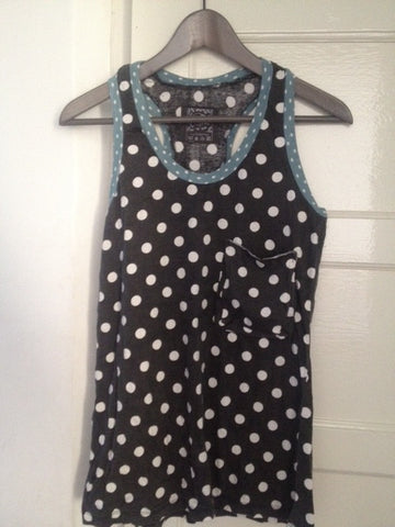 Dotty vest with pocket.