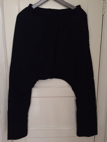 Super low drop crotch trousers - Full length.