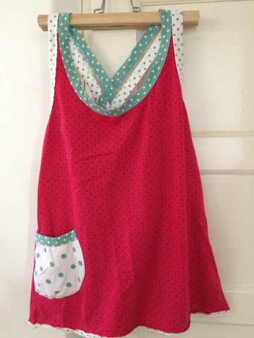 Small dot cross-straped back vests