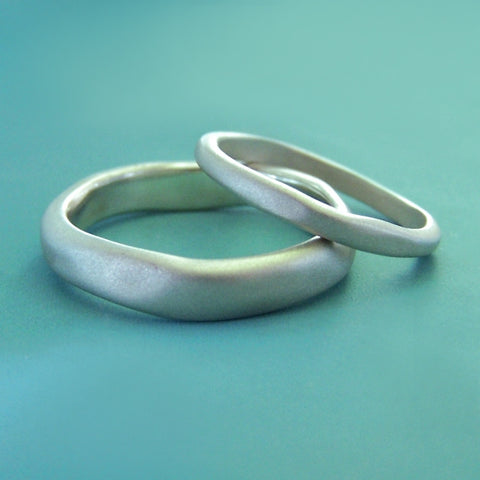 River Wedding Band in Sterling Silver - Choose a Width - Matte or Polished Finish
