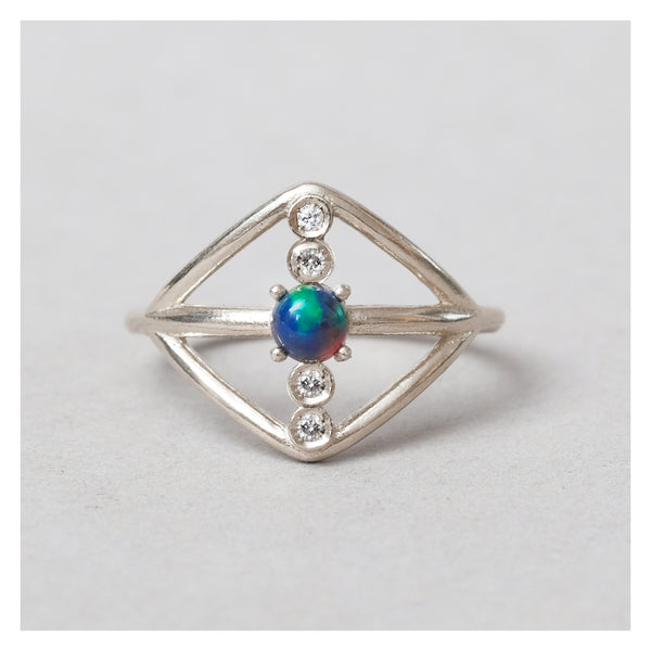 bae ring // diamond & opal