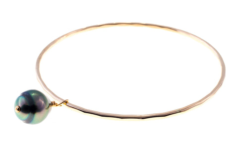 Tahitian Teardrop Pearl Gold Bangle