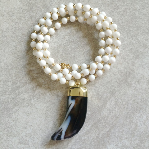 Agate Horn & White Agate Necklace