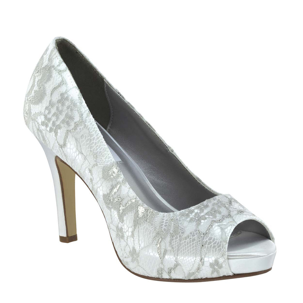 "Winter lace 3.25"" pump By Dyeables"