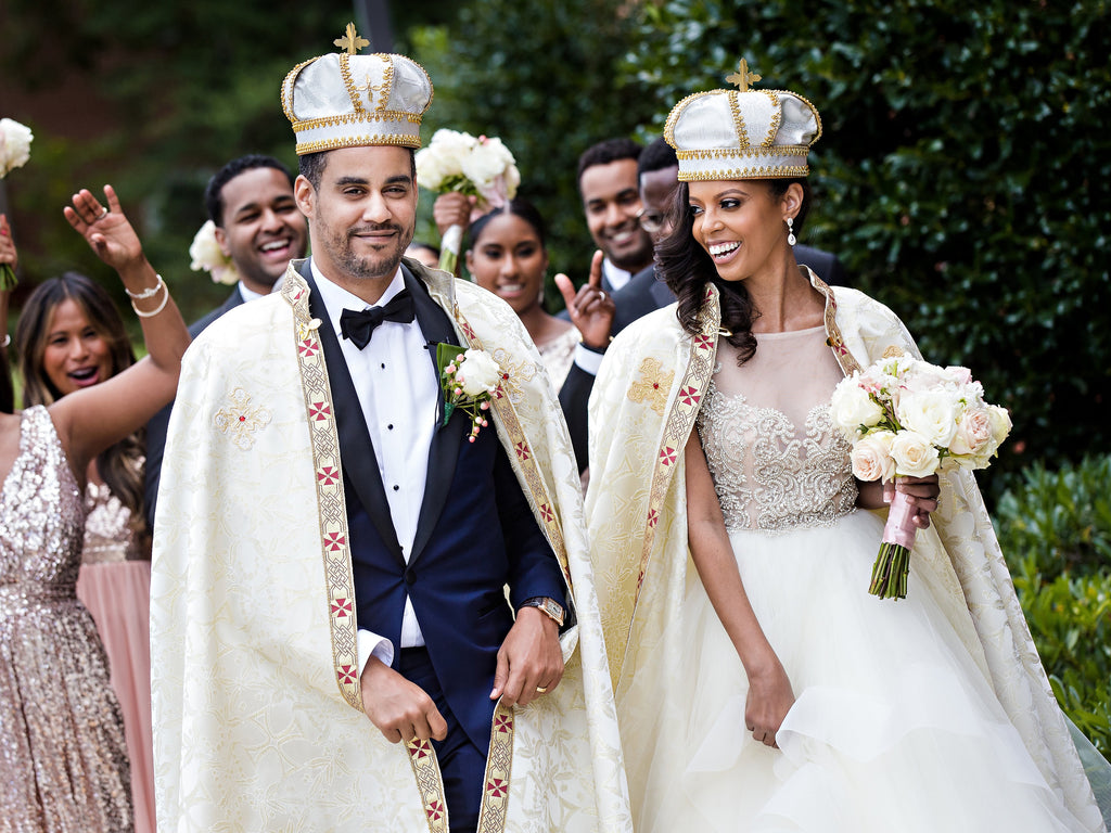 A real life 39 coming to america 39 story unfolds as u s for Coming to america wedding dress