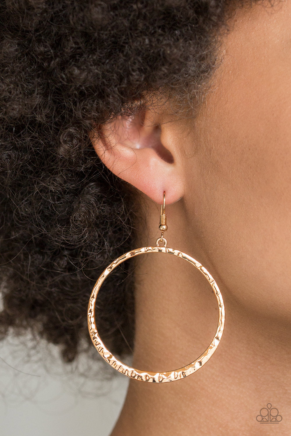 Paparazzi Accessories - So Sleek - Gold Earrings