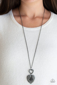 Paparazzi Jewelry & Accessories - Garden Lovers - Silver Necklace. Bling By Titia Boutique