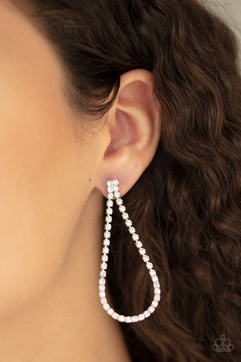 Paparazzi Jewelry & Accessories - Diamond Drops - White Earrings. Bling By Titia Boutique