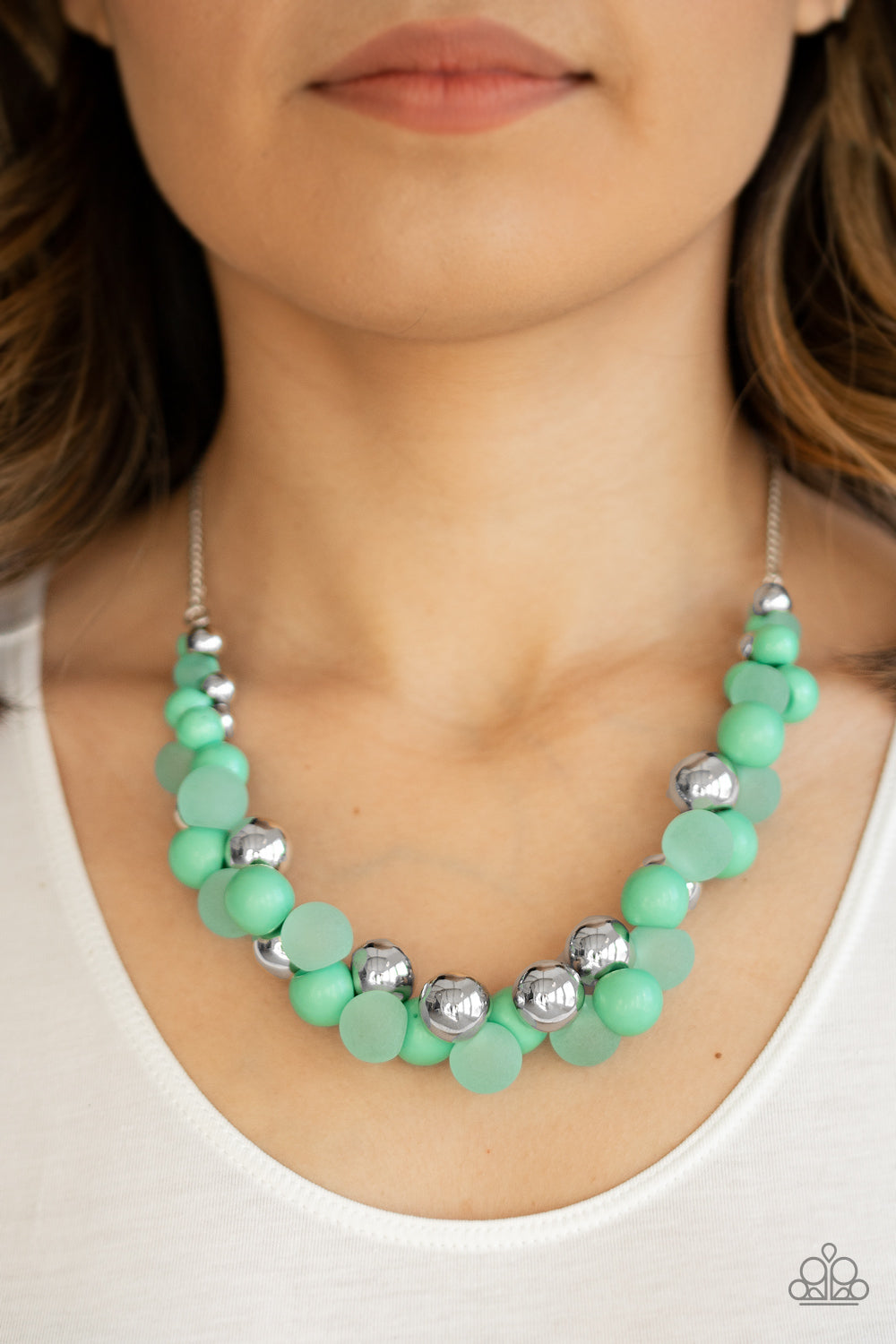 Paparazzi Jewelry & Accessories - Bubbly Brilliance - Green Necklace. Bling By Titia Boutique