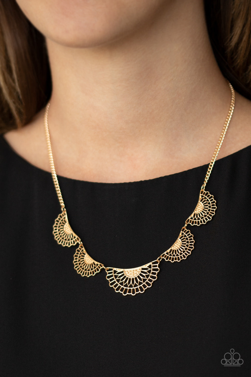 Paparazzi Jewelry & Accessories - Fanned Out Fashion - Gold Necklace. Bling By Titia Boutique