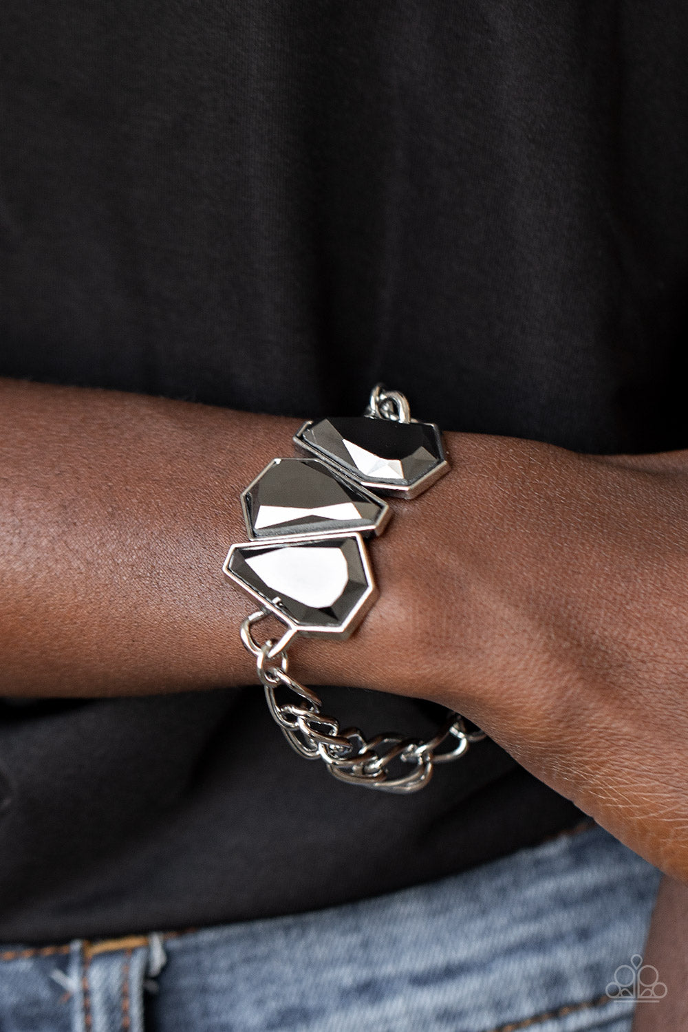 Paparazzi Jewelry & Accessories - Raw Radiance - Silver Bracelet. Bling By Titia Boutique