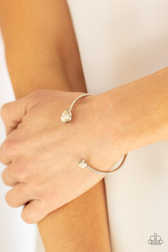 Paparazzi Jewelry & Accessories - Romantically Rustic - White Bracelet. Bling By Titia Boutique