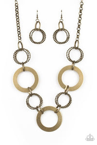 Paparazzi Jewelry & Accessories - Ringed In Radiance - Brass Necklace. Bling By Titia Boutique