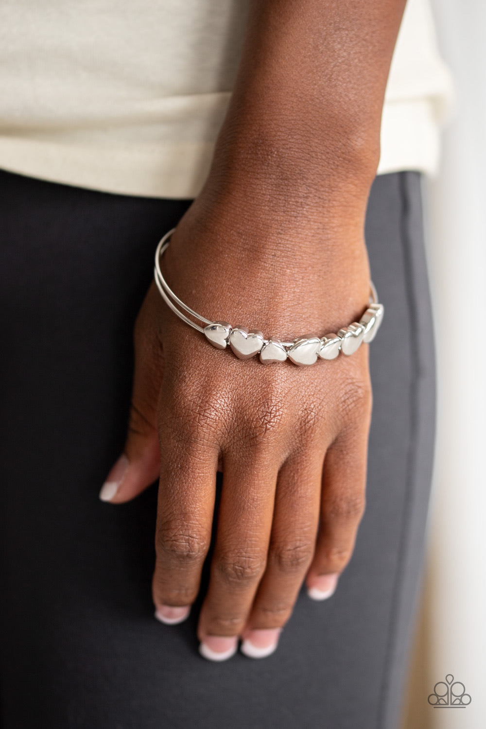 Paparazzi Accessories - Totally Tenderhearted - silver Bracelet