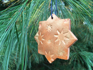 Leather star ornament. San Pedro collection.