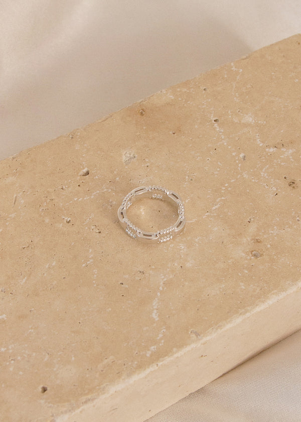 Frankie White Gold Bold Chain Ring - AURORI