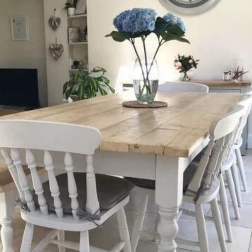 The benefits of buying a reclaimed wood dining table
