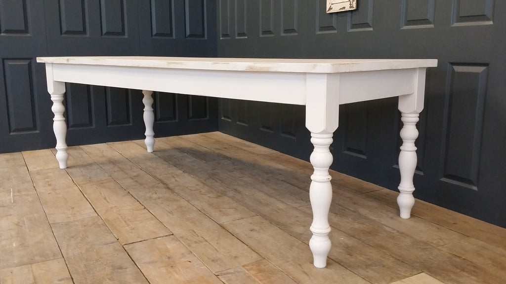 Delicieux Whitewashed Farmhouse Table Made From Reclaimed Wood