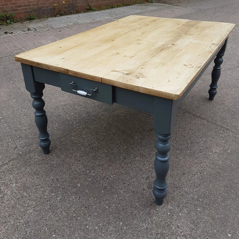 The Cape Table - Made from reclaimed wood