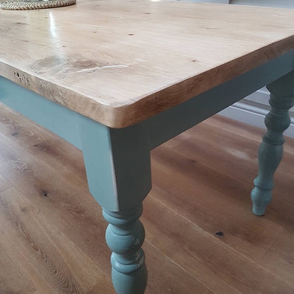 The 'Sunflower' table  - Made From Reclaimed Wood (Distressed Wooden Top) - Country Life Furniture - Quality Interiors