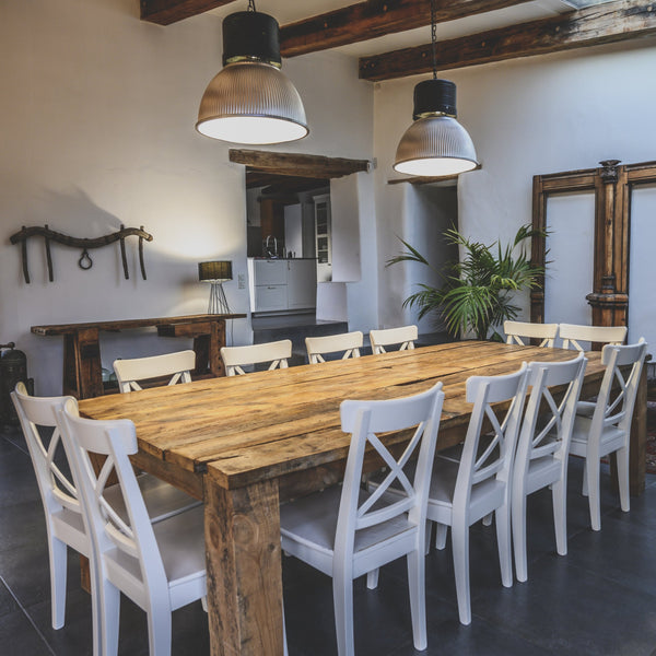 The 'Madrid' Distressed Farmhouse Dining Table