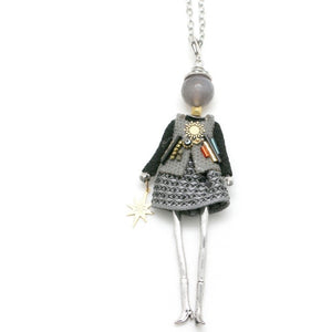 French Doll Necklace Elle - Classic chic outfit