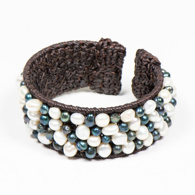 RAJ BLACK AND WHITE FRESH WATER PEARL  CUFF BRACELET - www.marlafiji.com