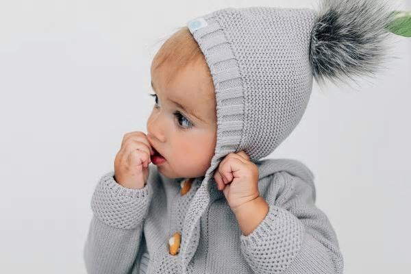 beba bean pom pom infant hat
