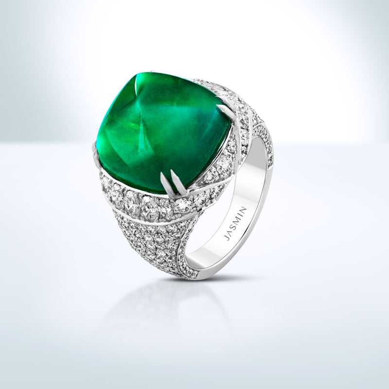 Sugar-loaf Colombian Emerald diamond ring