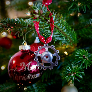 Jockey Wheel Christmas Tree Decoration - Simple