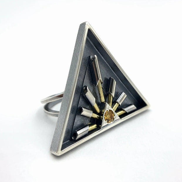 Triangle Radiant Kinetic Ring