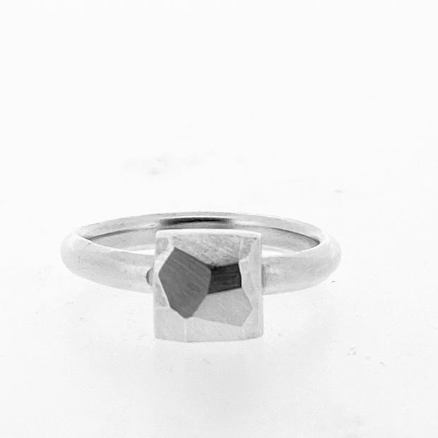 Faceted small sqaure ring