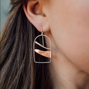 Horizon Line Arches Earrings