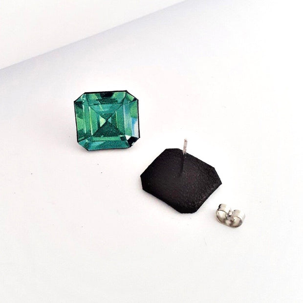 Emerald Gemstone Illustration - Stud Earring