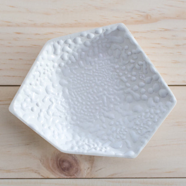 Geometric Ring Dish - White Crawl