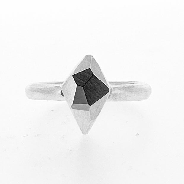 Faceted diamond ring