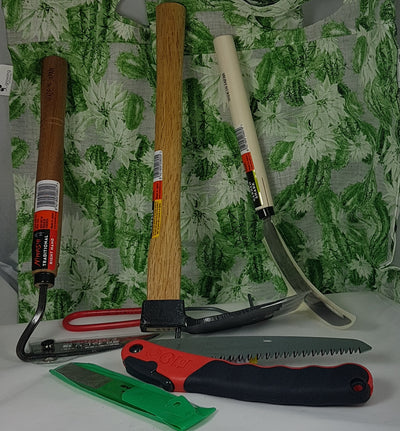 Ultimate Gardeners Toolset with Pruning saw