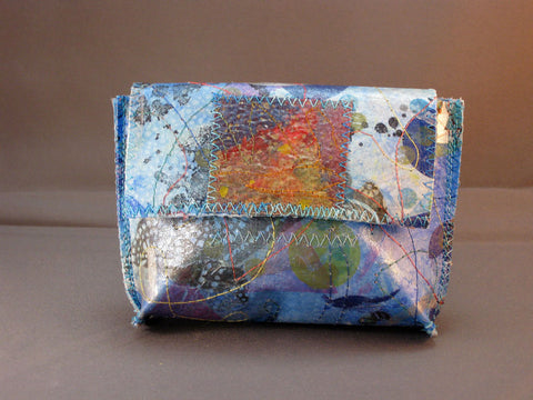 Flirty Little Wallet - Soft Blue
