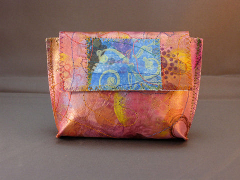 Flirty Little Wallet - Soft Pink