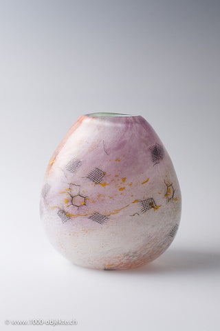 Art glass piece vase by Adam Jabalonski