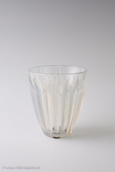 "French Art Deco Vase "" Chamonix"" by René Lalique, 1933"