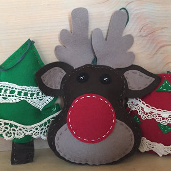 Felt Ornaments Sewing Kit