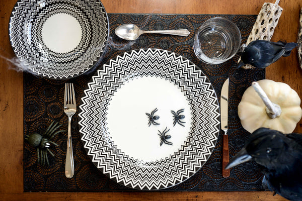 Black & White Chevron Pottery Dinnerware