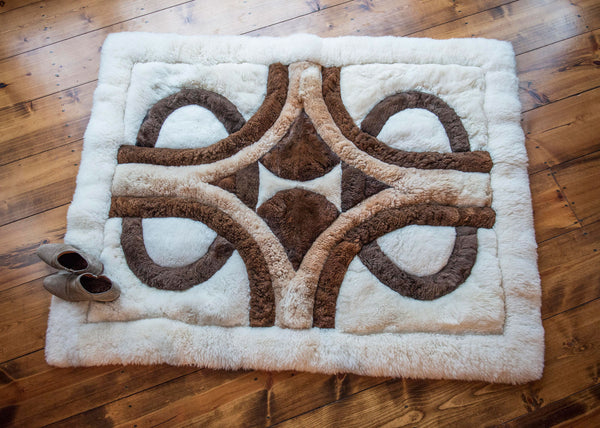 Alpaca wool coverlet or rug