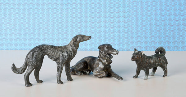 Trio of smelter lead dogs