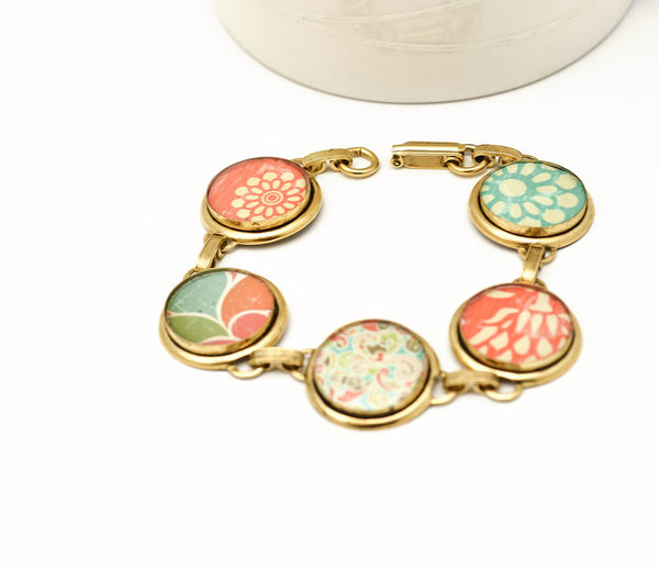 Warm color fiesta bracelet gold