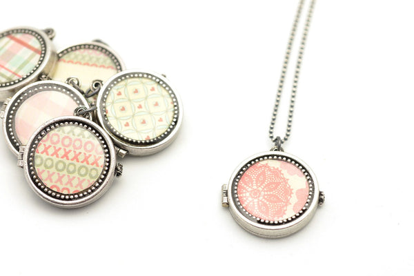 personalized locket from sugar sidewalk