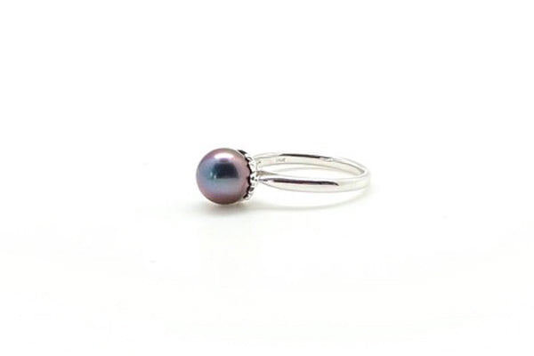 Petite White Gold Tahitian Cultured Pearl Ring