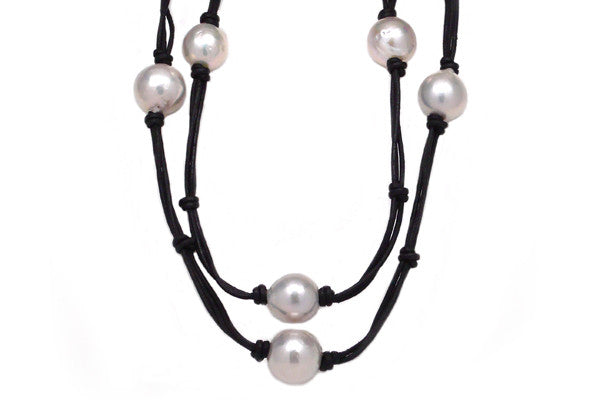 Freshwater Cultured Pearl Leather Necklace