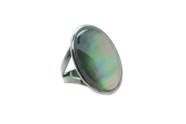 Black Mother of Pearl Oxidized Gold Ring